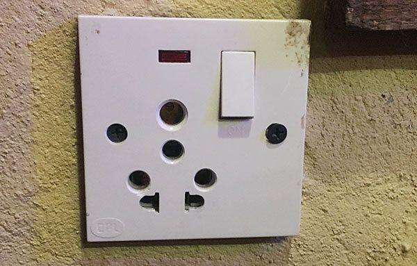 Nepal power plug