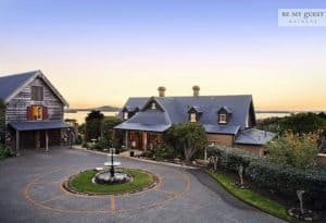 Farm house accommodation Waiheke