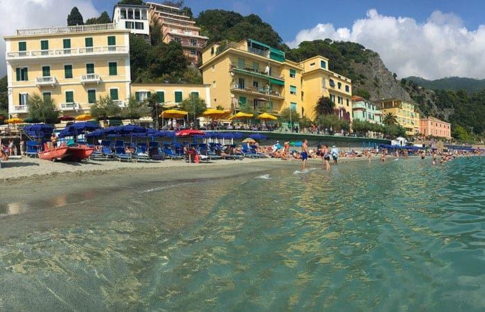 Monterosso al Mare beach