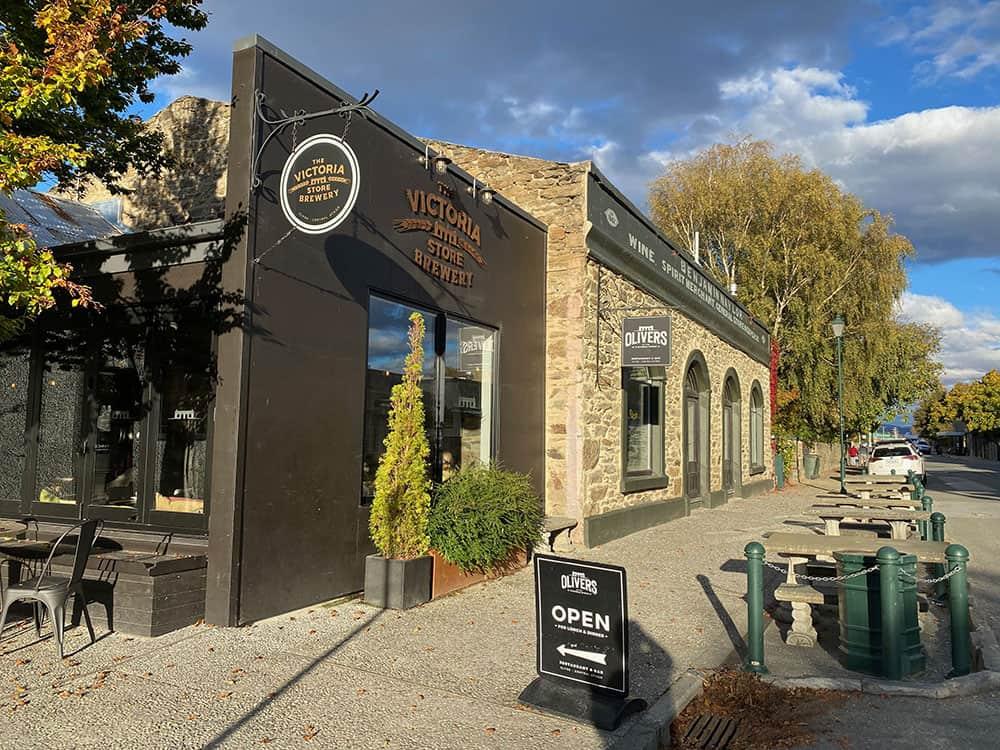 Oliver's restaurant and cafe