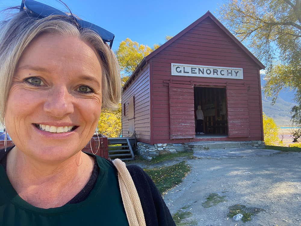 Megan at the Red Shed in Glenorchy