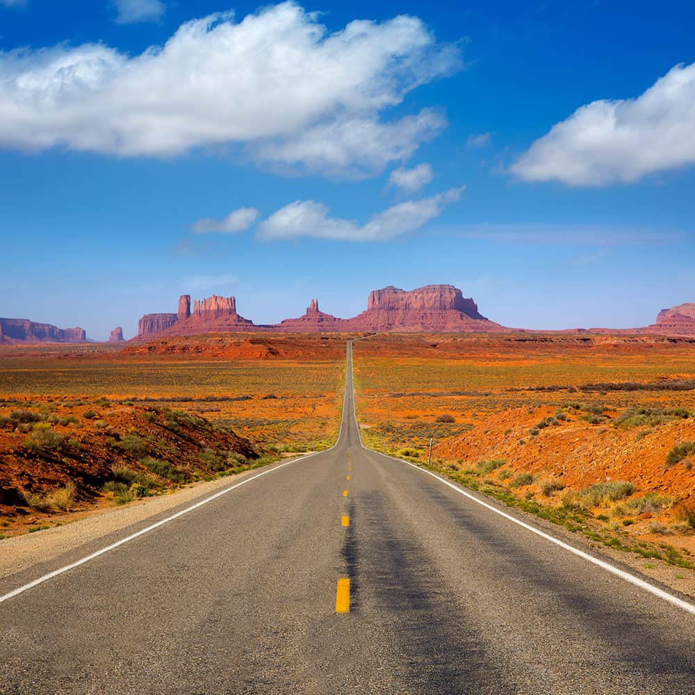 Driving along US 163 Scenic road to Monument Valley Park