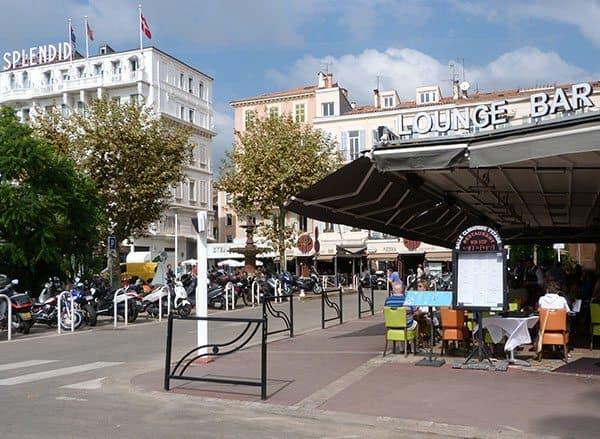 Cannes bar