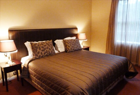 Chateau Tongariro bedroom