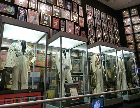 Take a tour inside graceland for Cost to build a racquetball court