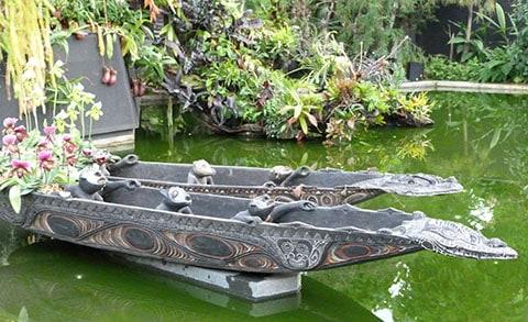 Gardens by Bay pond