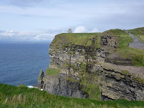 Ireland roadie cliffs of mohar castle