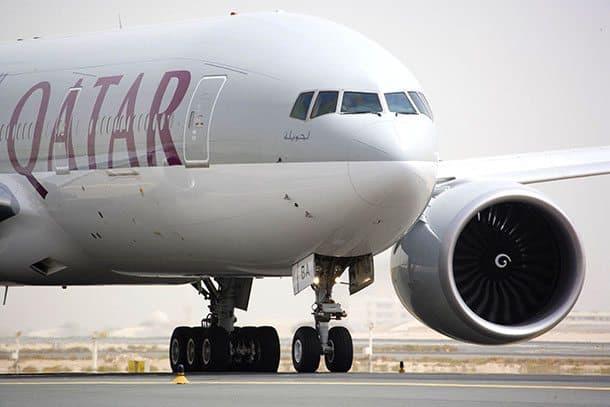Qatar Airways flies to Auckland