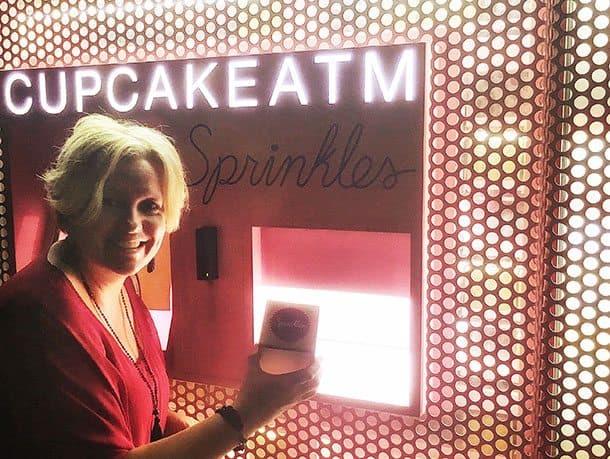 Cupcake ATM