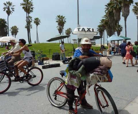 Venice Beach busker