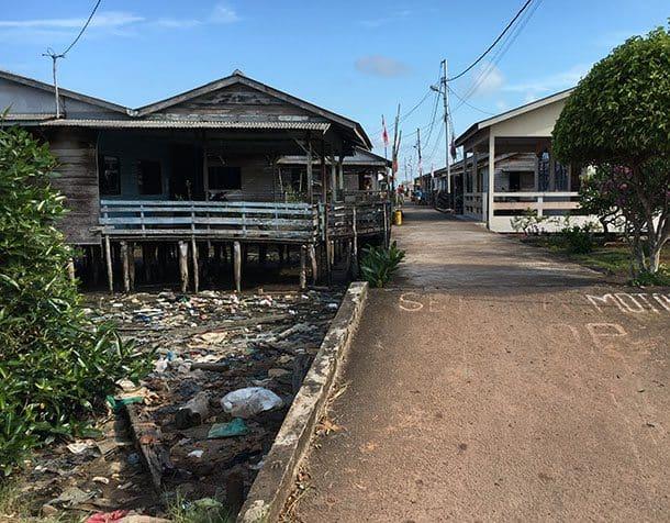 trash-village-welcome