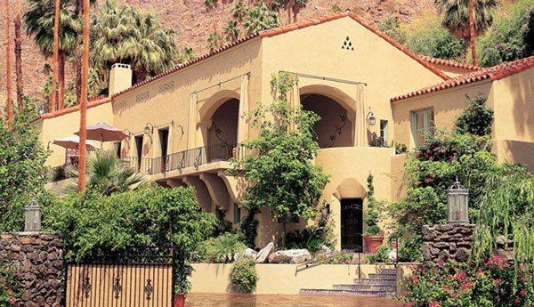 Palm Springs hotel