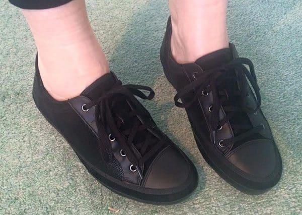 Ziera walking shoe